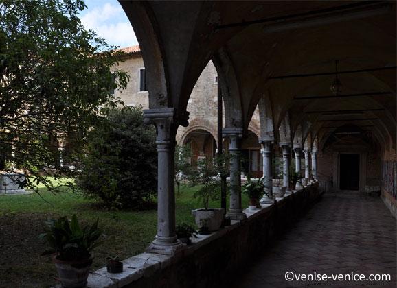 Les jardins de la basilique Santa Elena à venise