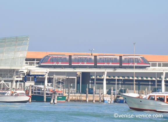 People Mover à Venise , de Tronchetto à piazzale Roma