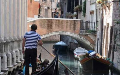 Les Gondoles à Venise, promenade romantique sur les canaux