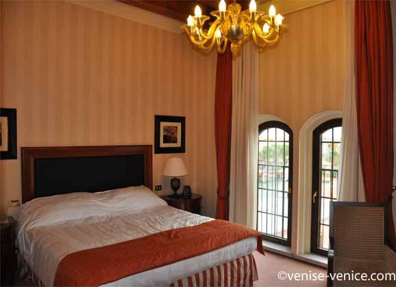 Une chambre du Hilton Molino Stucky à Venise