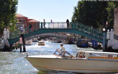 Bateau Taxi à Venise, comment ça marche ? Prix, réservations.