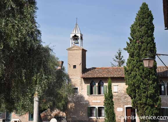 Un mini campanile sur l'île de Torcello