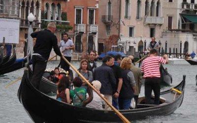Traghetto, pour traverser rapidement le grand canal